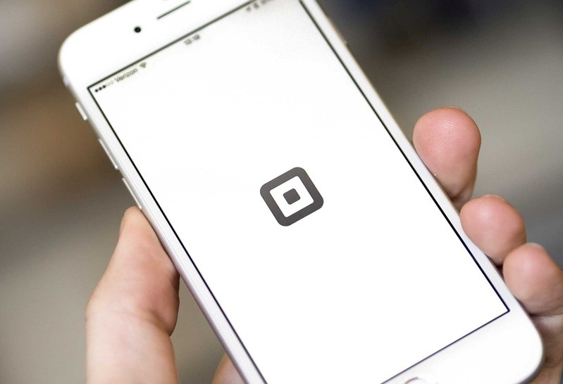 Square says it will start accepting Apple Pay sometime in 2015