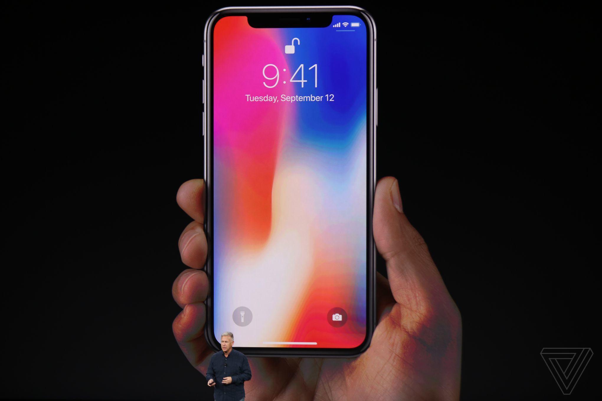 iPhone X a jeho predaje začínajú pomaly stagnovať - svetapple.sk
