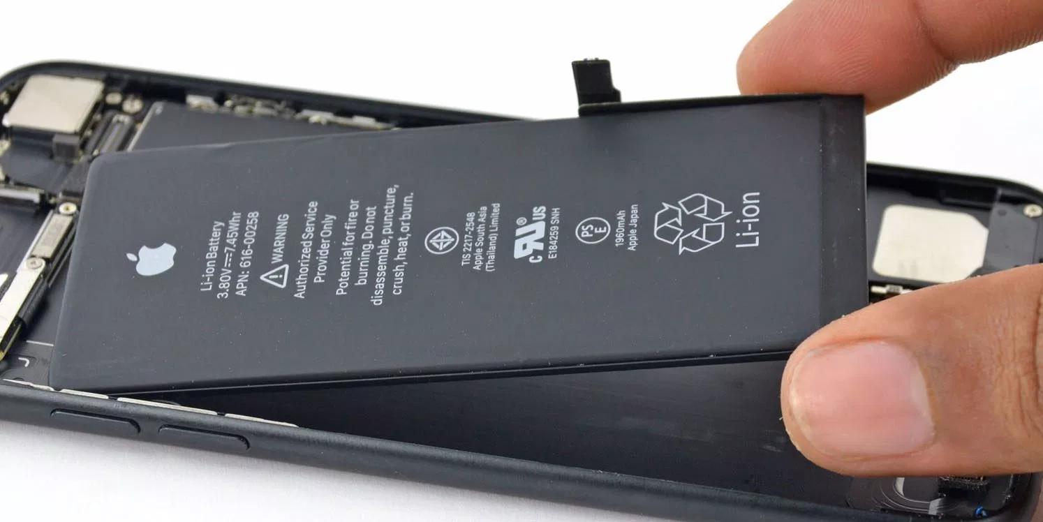 Apple to reimburse battery replacement