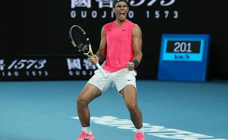Rafael Nadal loses cool in surprise Australian Open defeat to Dominic Thiem